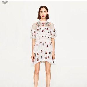 Zara White Tiered Floral Dress